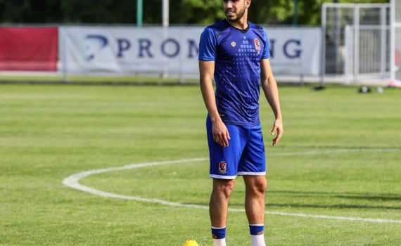 وليد أزارو , لاعب , النادي الأهلي ,مصر
