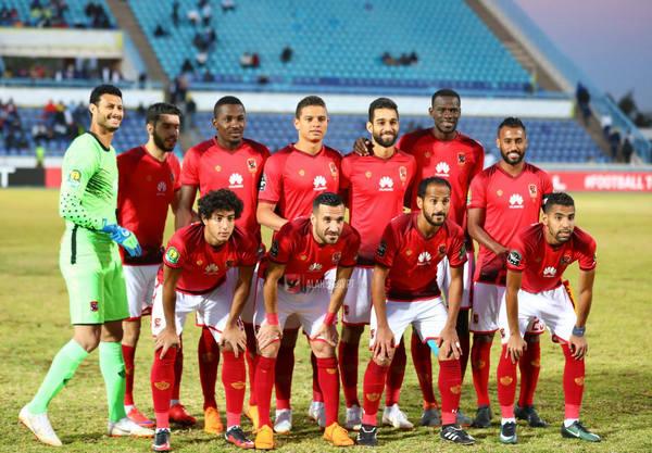النادي الأهلي ، الإسماعيلي، الدوري المصري