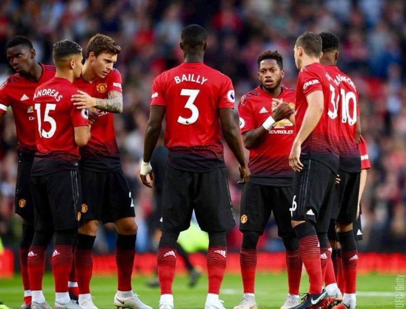 مانشستر يونايتد وتوتنهام ، Manchester United ، توتنهام