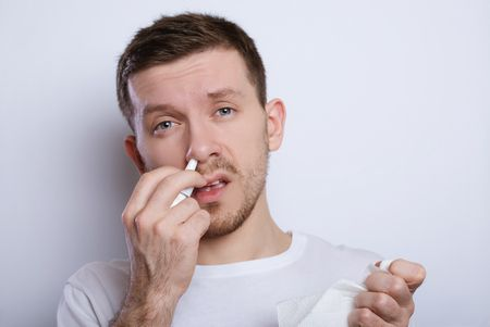 الفرق بين أعراض التهاب الجيوب الأنفية وفيروس كورونا